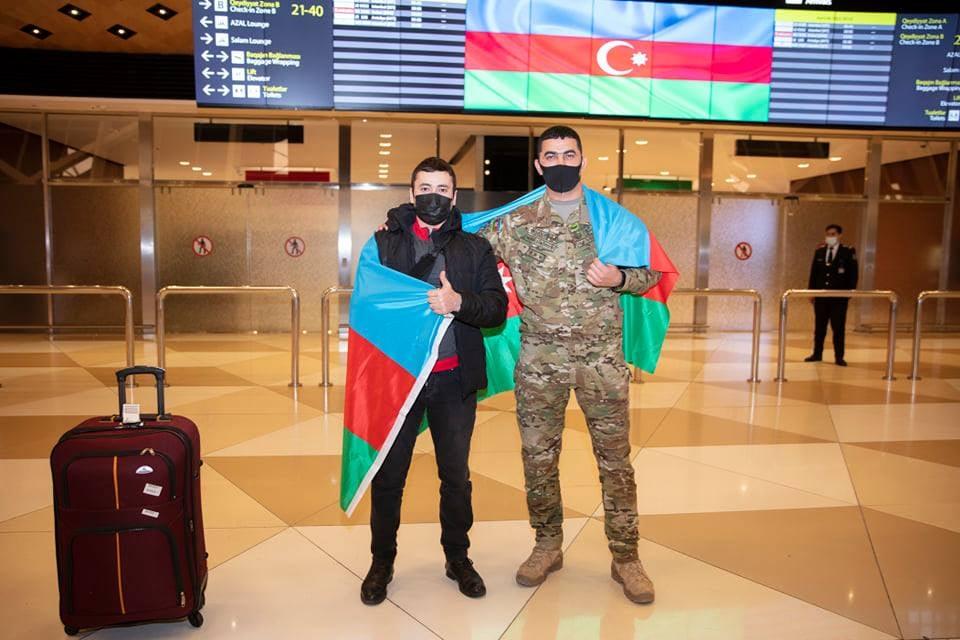 Türkiyəyə göndərilən 2 qazimiz sağalaraq Vətənə geri dönüb